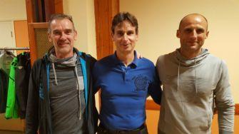 Deux coureurs parcourent 350km à pied